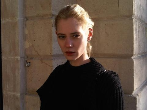 Lauren- Paris