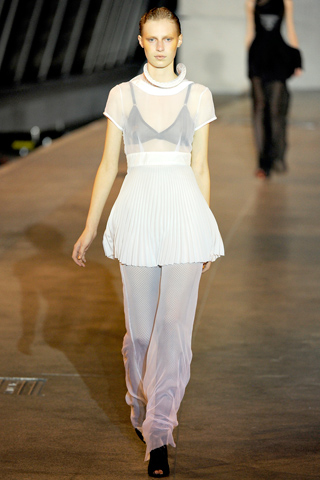 Julia richard nicoll